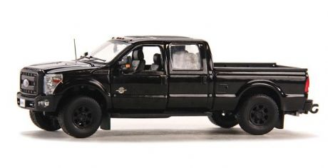 Sword Ford F250 XLT Pickup with Crew Cab & 6' Bed - Black / Black